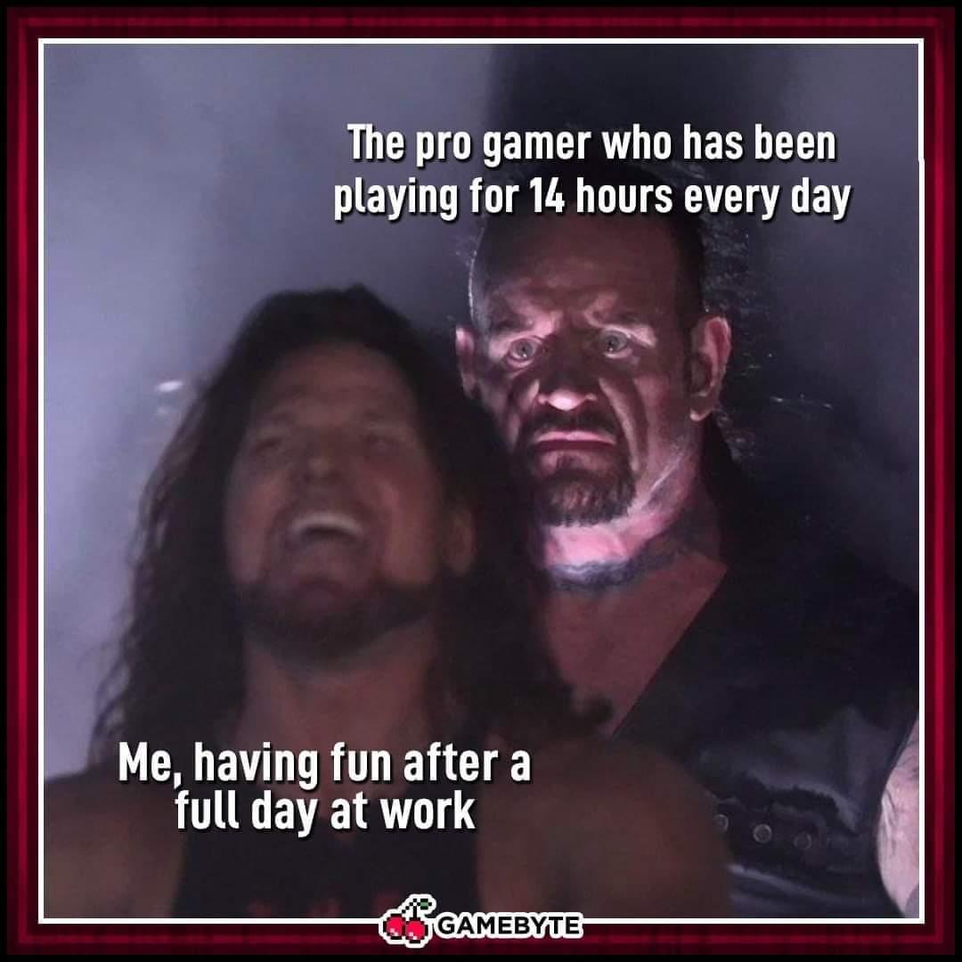 Memes Pro gamers versus casual gamers