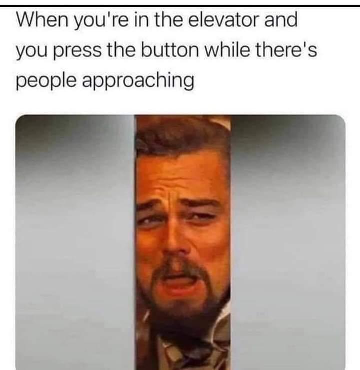 Memes Closing the elevator door