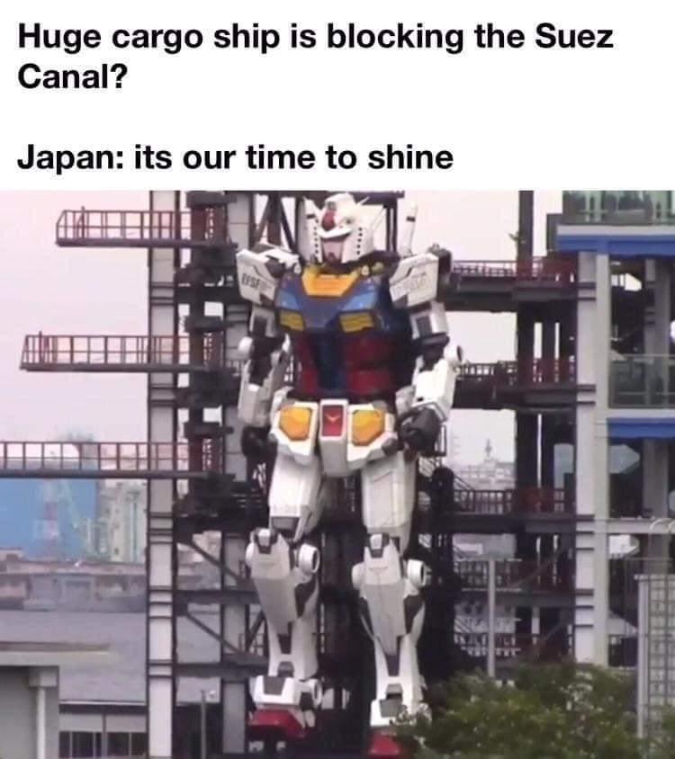 Memes Japan Gundam giant model