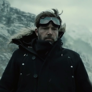 Zack Snyder's Justice League Bruce Wayne searches for aquaman Ben Affleck