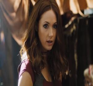 Hot redhead chick Jumanji welcome to the Jungle movie