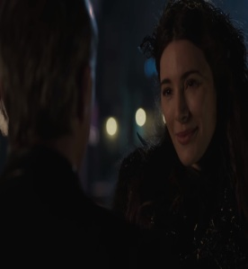 Fiona black fairy allies herself with Mr gold Jaime Murray once upon a time