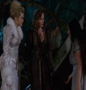 Glinda and Zelena meet Dorothy Gale once upon a time ABC Matreya Scarrwener