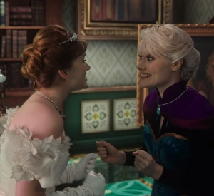 Queen Elsa and princess Anna return home once upon a time ABC Georgina haig
