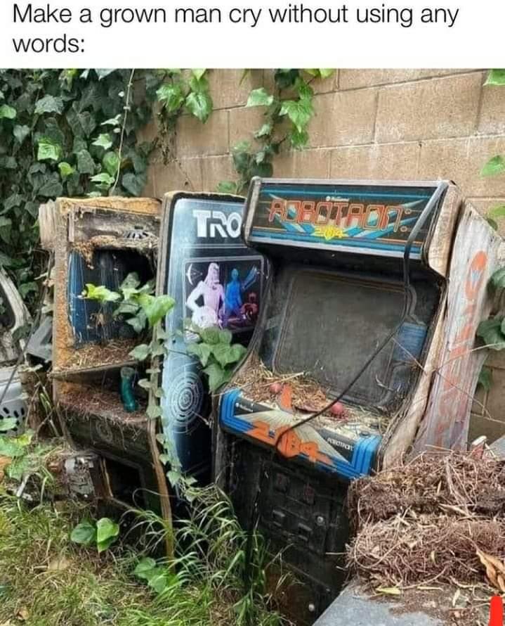 Memes Old broken arcade machines  Robotron 2084 Tron