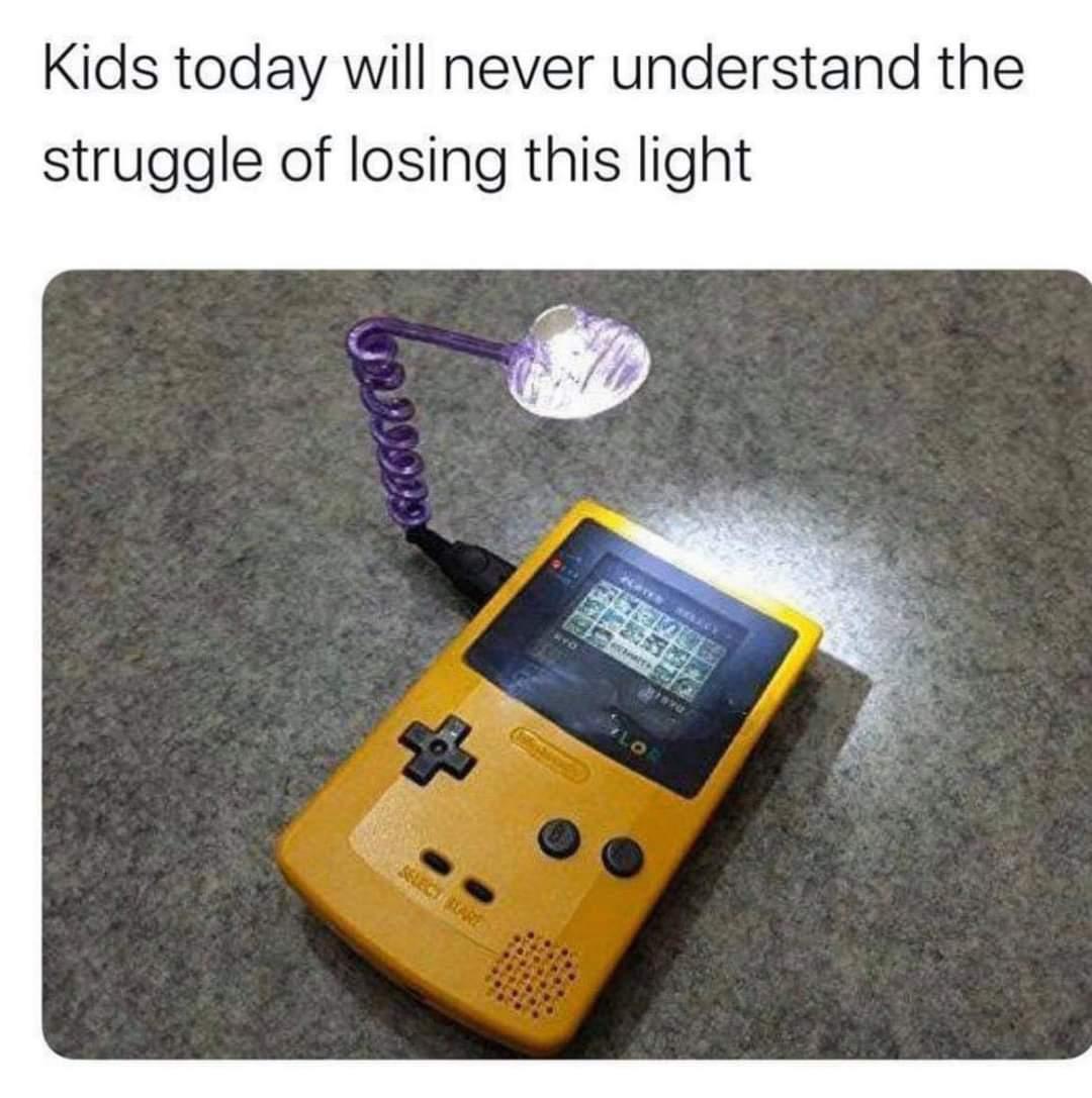 Memes Game boy color  light