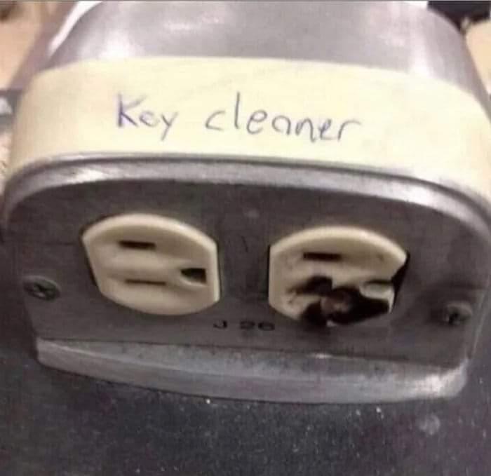 Memes key cleaner