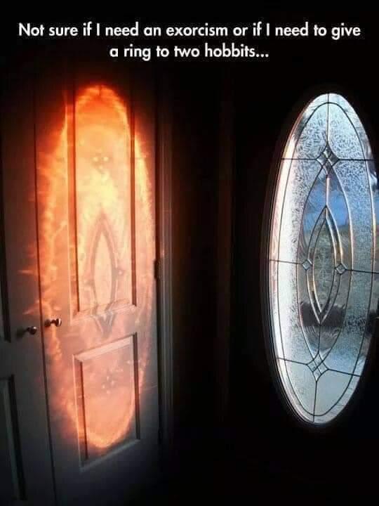 Memes Lord of the rings door