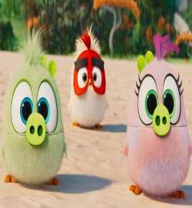 Baby birds wearing masks The Angry Birds Movie 2
