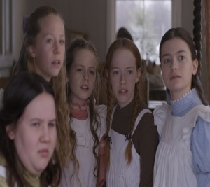 Anne Shirley with her friends Anne With an E Netflix