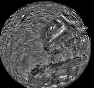 Miranda moon Uranus