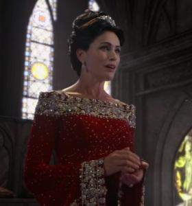 Queen Eva once upon a time Rena Sofer