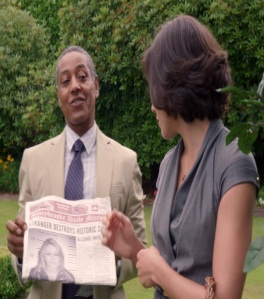 Sidney Glass shows newspaper to mayor Regina mills  once upon a time ABC