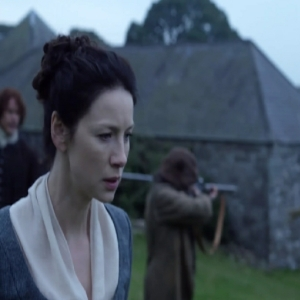 Claire Fraser looking at jacobites fighting for Bonnie prince Charles outlander
