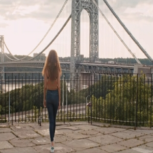 Nina Rosario returns home in the heights movie