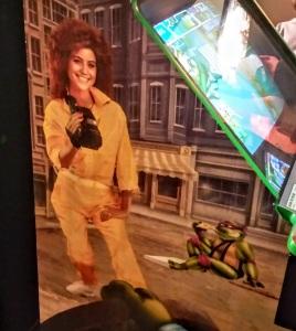 April O'Neil model Teenage Mutant Ninja Turtles Konami arcade cabinet