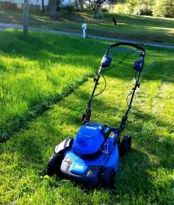 Lowes 40v Kobalt Self-Propelled Lawn Mower electric