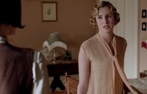 Downton Abbey Edith Crawley calls Mary a bitch