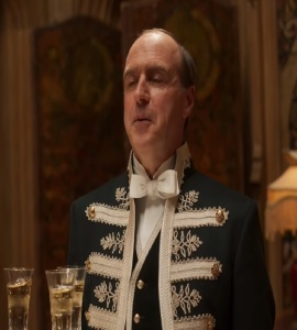Mr. Molesley talks to King and Queen Downton Abbey 2019 Film
