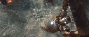 Iron Man 3 tony stark tries to save his house