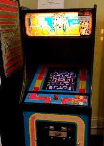 Ms. Pac-Man arcade machine Namco Midway