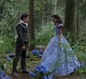 Once upon a time Henry Mills and the Latina Cinderella