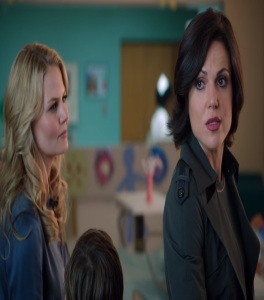 Regina Mills vs Emma Swan once upon a time ABC