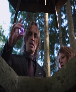 Rumplestiltskin brings back magic to Storybrooke once upon a time ABC Robert Carlyle