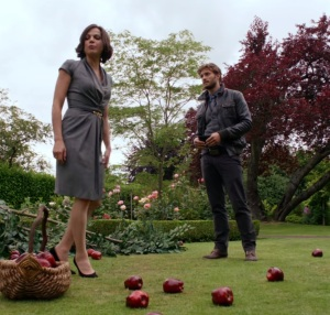 Sheriff Graham taking orders from mayor Regina mills once upon a time ABC