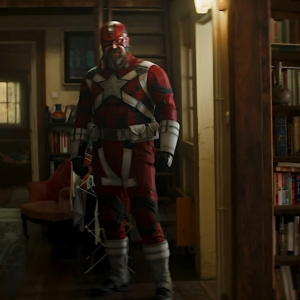 Alexei Shostakov puts on Red Guardian suit first time black widow 2021