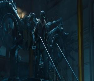 Spider-Man: Homecoming full mech suit Michael Keaton