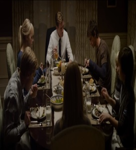 Family dinner Gwen Stacy the amazing Spider-Man Emma Stone