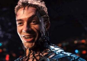 Spider-Man 3 Eddie Brock embracing Venom