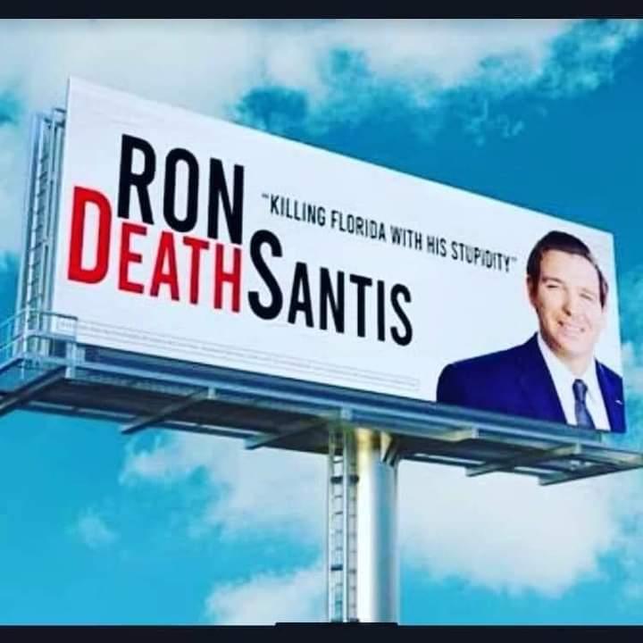Memes Ron DeSantis killing Florida
