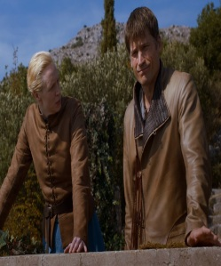 Brienne of Tarth becomes best friends with Jamie Lannister game of Thrones HBO