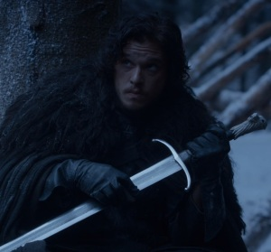 Jon snow holding longclaw sword game of Thrones HBO