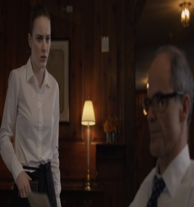 Doug Stamper finds Rachel Posner working as a waitress house of cards Netflix