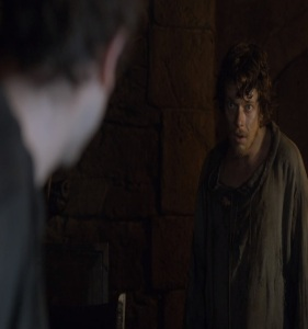 Theon Greyjoy becomes Reek Game of Thrones HBO