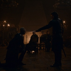 Jaime Lannister makes Brienne of Tarth a knight game of Thrones HBO
