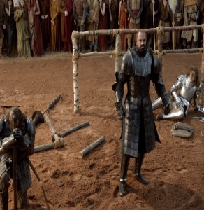 The hound vs the mountain in front of king Robert Baratheon game of Thrones HBO