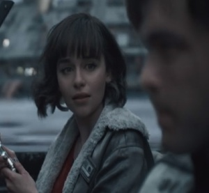 Qi'ra escapes with Han star Wars